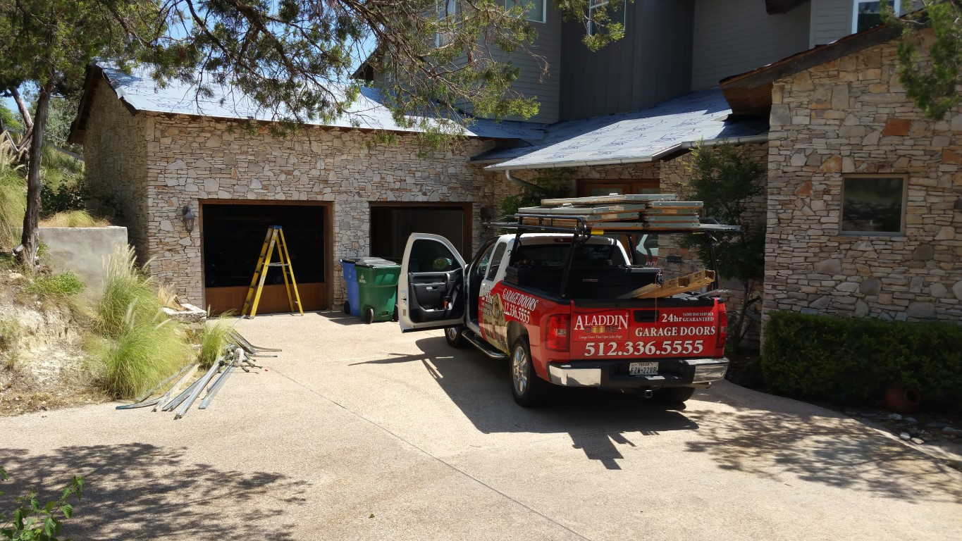 valdez-garage-door-install (3)