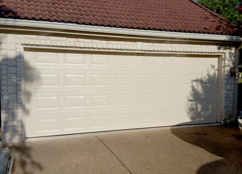Traditional Garage Doors To Beautify Secure Your Houston Home